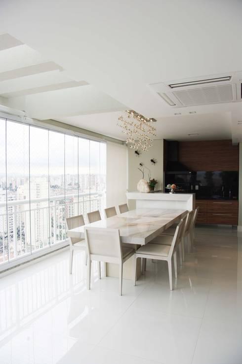 Comedores de estilo  por Juliana Matos Arquitetura e Interiores