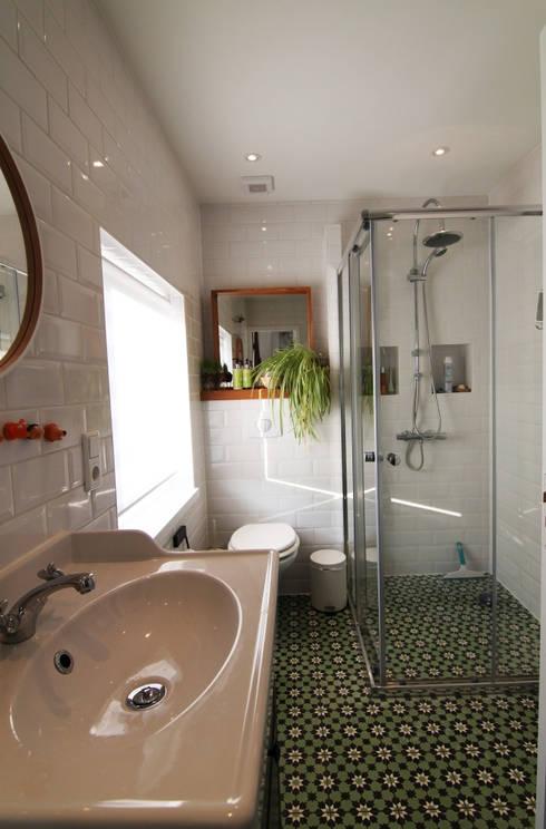 Projekty,  Łazienka zaprojektowane przez Diego Alonso designs