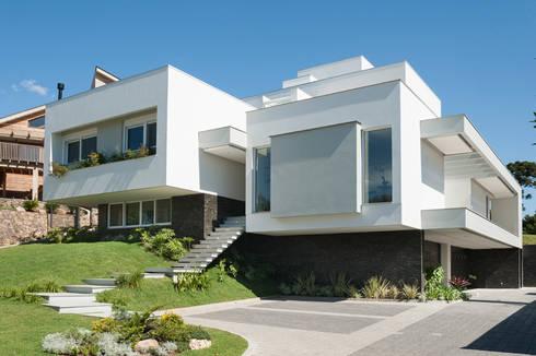 Residencial: Casas modernas por Pinheiro Machado Arquitetura