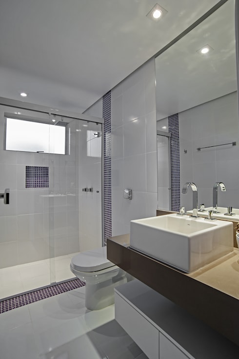APARTAMENTO HB: Banheiros modernos por Studio Boscardin.Corsi Arquitetura