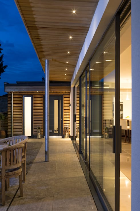 Exterior View: modern Houses by Wildblood Macdonald