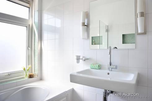 moderne Badkamer door Txell Alarcon