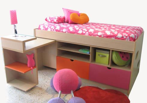 Muebles Infantiles: Habitaciones infantiles de estilo  por KiKi Diseño y Decoración