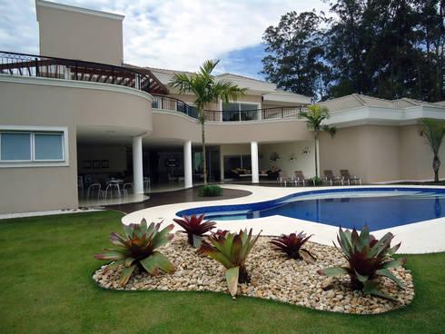 Projeto Residencial - Condomínio Capital Ville: Casas modernas por Arquidecor Projetos