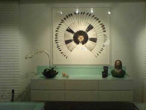 Área de apoio à sala de jantar: Salas de jantar modernas por Luciani e Associados Arquitetura