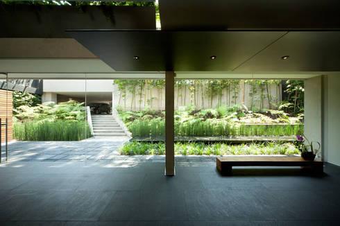 Casa Galeana: Casas de estilo minimalista por grupoarquitectura