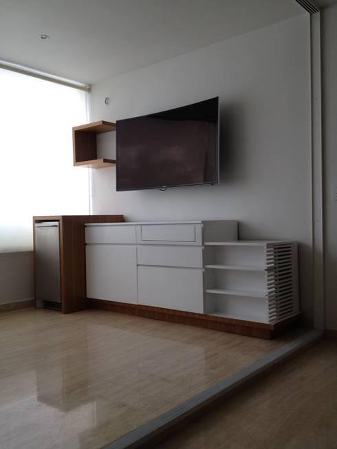 Mueble general de mueble.: Salas/Recibidores de estilo moderno por Demadera Caracas