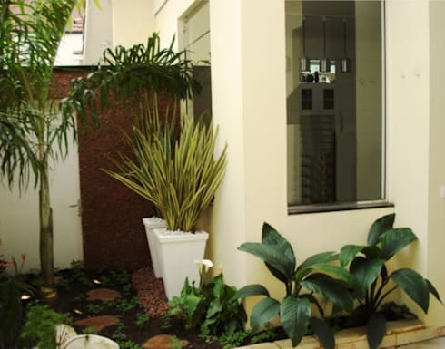 PAISAGISMO: JARDINS BY MC3: Jardins campestres por MC3 Arquitetura . Paisagismo . Interiores