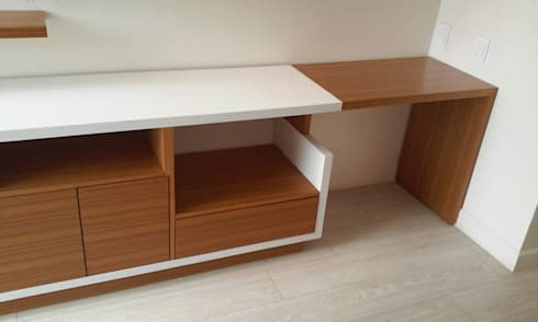 Muebles Apto. AM: Oficinas de estilo moderno por Demadera Caracas