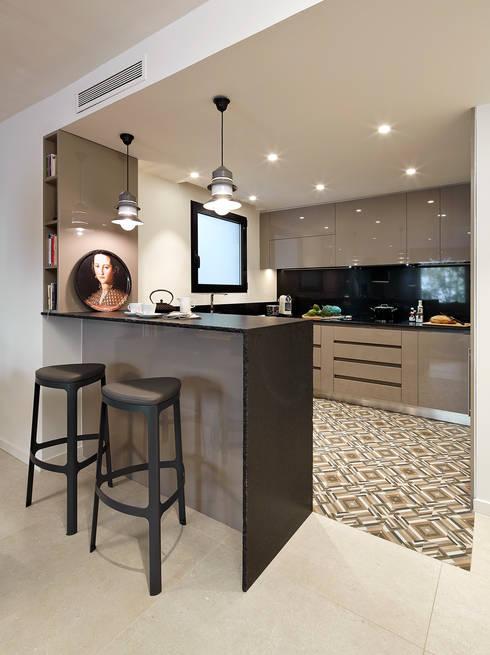 مطبخ تنفيذ Molins Interiors