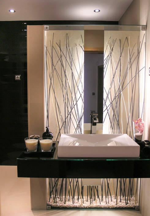 WC Social - Moradia: Casas de banho minimalistas por Andreia Alexandre Interior Styling