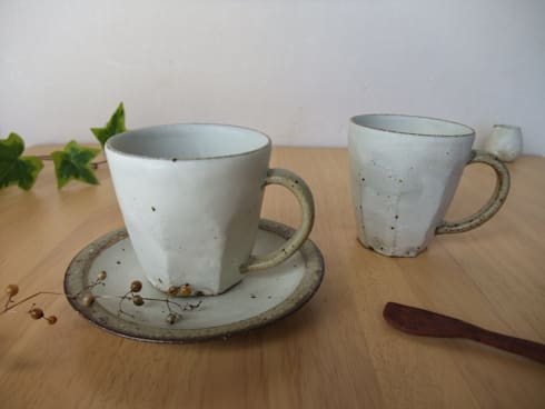 coffee&mug cup: kamiyama-工房が手掛けたキッチンです。