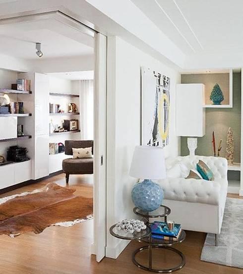 APARTAMENTO BENFICA: Salas de estar modernas por Artica by CSS