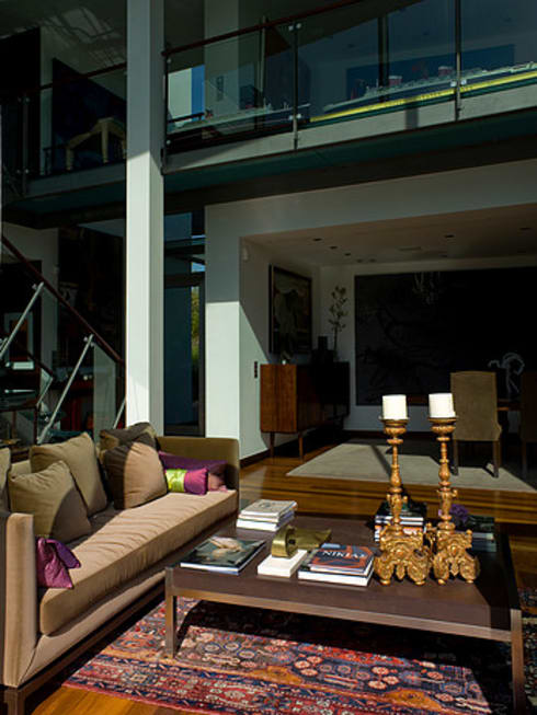 MORADIA BELAS: Salas de estar modernas por Artica by CSS