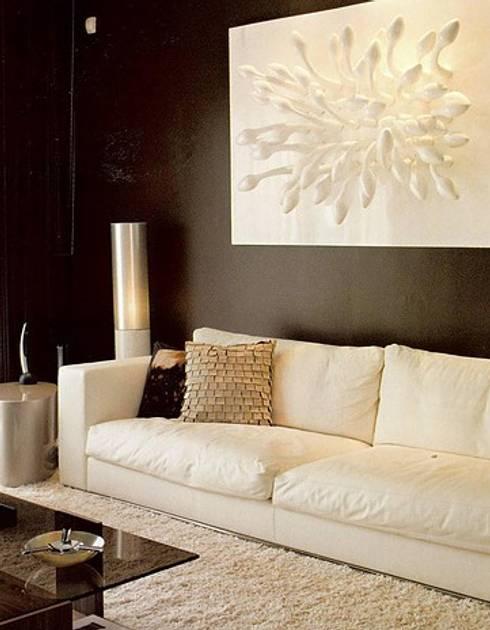 MORADIA BICESSE: Salas de estar modernas por Artica by CSS
