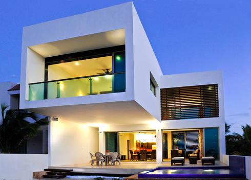 CASA HA-UAY: Terrazas de estilo  por LIZZIE VALENCIA arquitectura & diseño