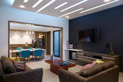 estar tv: Salas multimedia de estilo minimalista por arketipo-taller de arquitectura