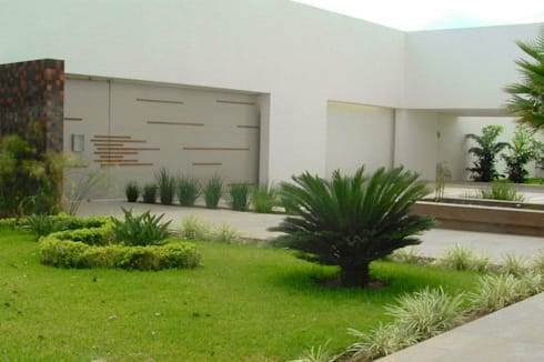 Casa bc montebello de ecoentorno paisajismo urbano homify for Jardines interiores