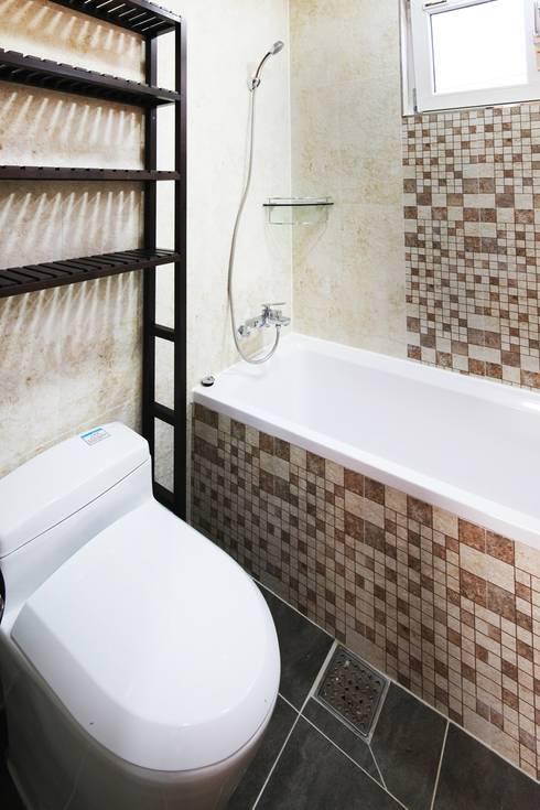moderne Badezimmer von 윤성하우징