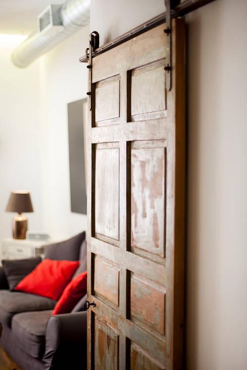 أبواب خشبية تنفيذ The Sibarist Property & Homes