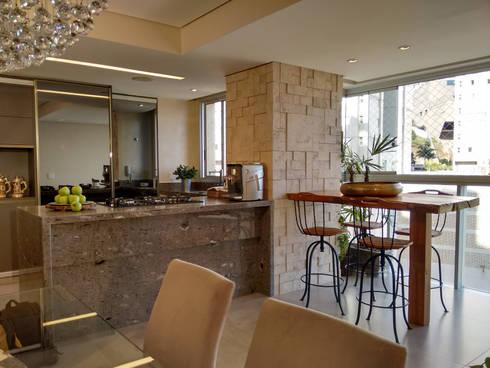 cozinha americana e salas integradas varanda por