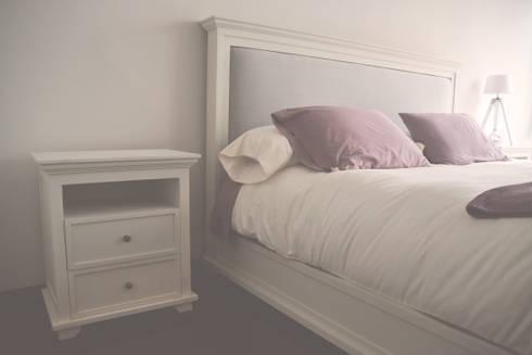 Proyecto de recámara clásica en color blanco: Recámaras de estilo rústico por CuboB Arquitectura de Interiores