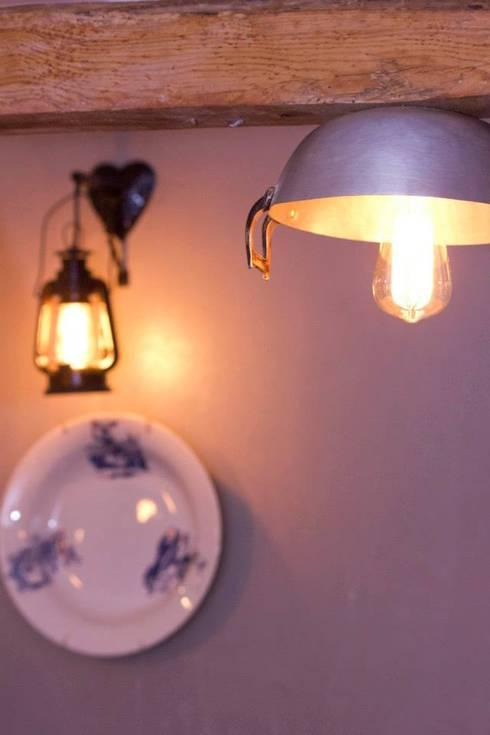 Iluminação e peças decorativas.:   por knowhowtobuild