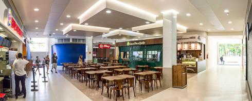 Meio Arquitetura - Open Mall Verbo Divino - Vista Interna Praça de Alimentação - SP: Espaços comerciais  por Meio Arquitetura