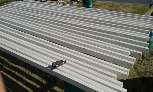 Preparação e pintura de madeira.:   por knowhowtobuild