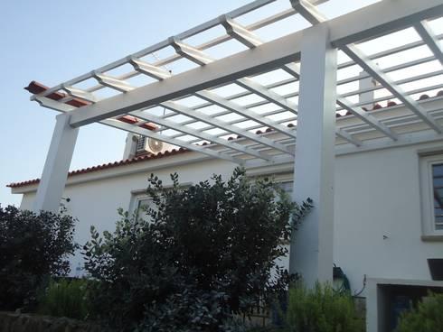 Telheiro em Madeira.:   por knowhowtobuild