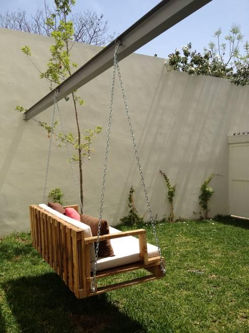 Muebles para exterior de isabel landa homify for Muebles madera jardin exterior