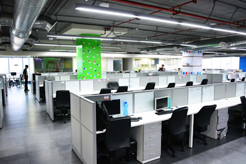 workstations - Phase II:   by Horizon Design Studio Pvt Ltd