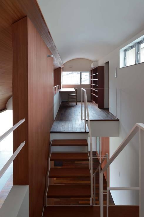 Koridor dan lorong by 澤村昌彦建築設計事務所