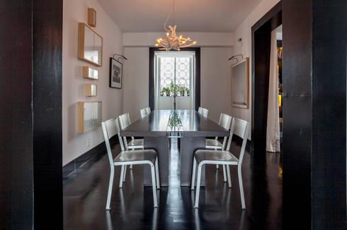 APTO. JARDINS – ED. TRES MARIAS: Salas de jantar modernas por AMMA PROJETOS