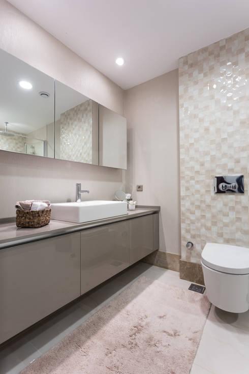 Treso İç Mimarlık – R.K. Konutu: modern tarz Banyo