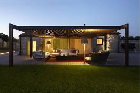 Casa Ofir: Casas modernas por Ana Lobo