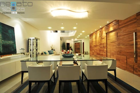 Residência C.M : Salas de jantar modernas por Renato Souza Arquitetura