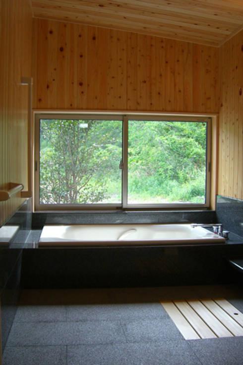 浴室 by AMI ENVIRONMENT DESIGN/アミ環境デザイン