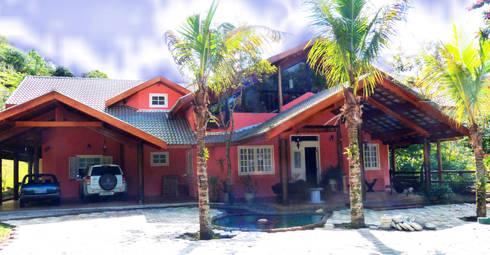 Casa de Campo - fachada principal: Casas campestres por Elisabeth Berlato Arquitetura, Interiores e Paisagismo