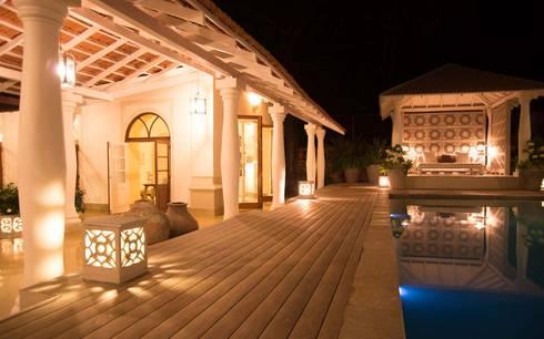 Villa Branco:  Terrace by Studio MoMo