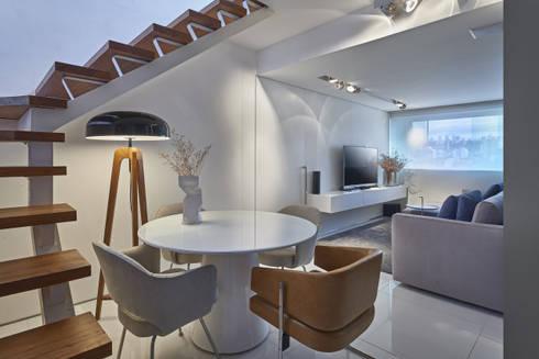 Apartamento | Cobertura: Salas de estar modernas por Piacesi Arquitetos