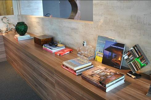 projetos: Salas de estar modernas por Aline Santa Rosa | Arquitetura e Interiores