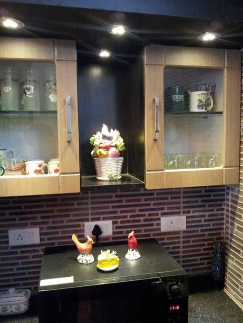 Kitchen and Dining area designs: modern Kitchen by interiordesignerjoy