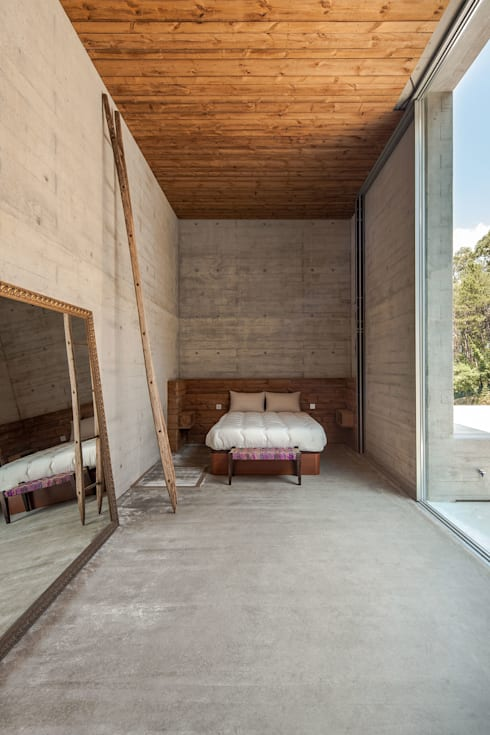 Bedroom by Carvalho Araújo