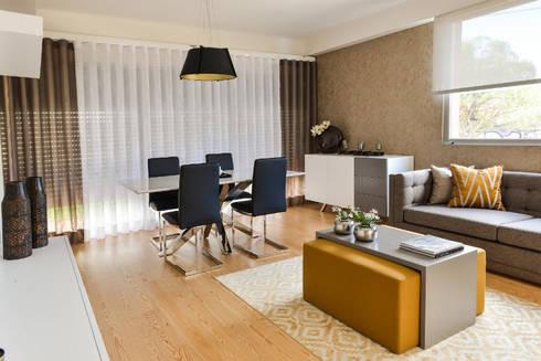 Apartamento T1 – Estoril: Salas de estar modernas por IDEIAS DE INTERIORES