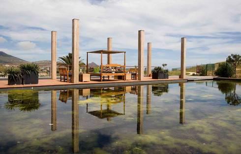 Projects | Club de Golf do Porto Santo: Bares e clubes  por Ana d'Arfet, Decoração e Interiores, Lda.