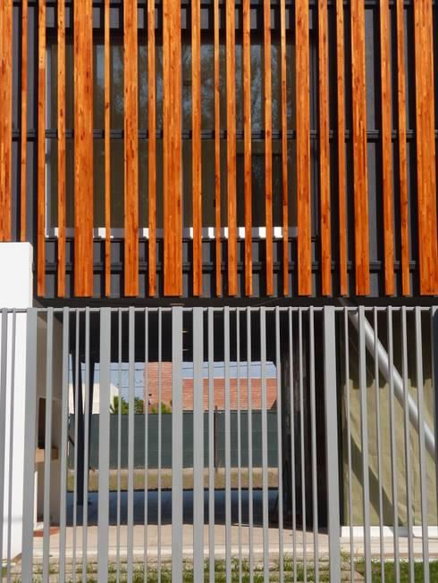 Casas de estilo  por Mauricio Morra Arquitectos