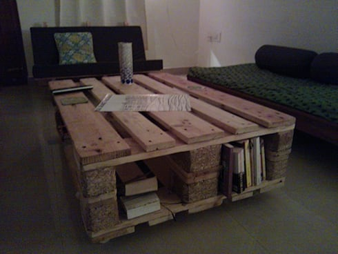 Pallet Furniture: modern Living room by Kaushik Kumar Design
