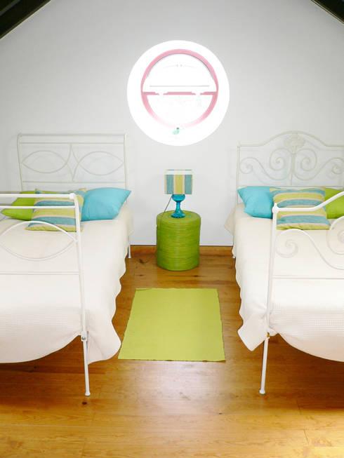 ANTIGO GRÉMIO - HOLIDAY HOUSE: Quartos de criança campestres por maria inês home style