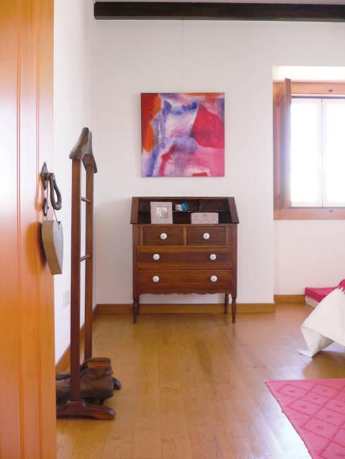 ANTIGO GRÉMIO - HOLIDAY HOUSE: Quartos campestres por maria inês home style